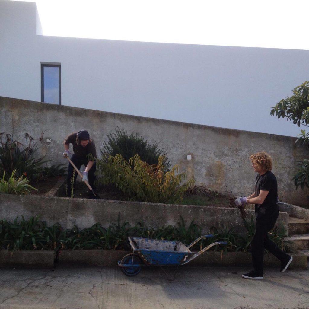rebuilding garden ola onda ericeira