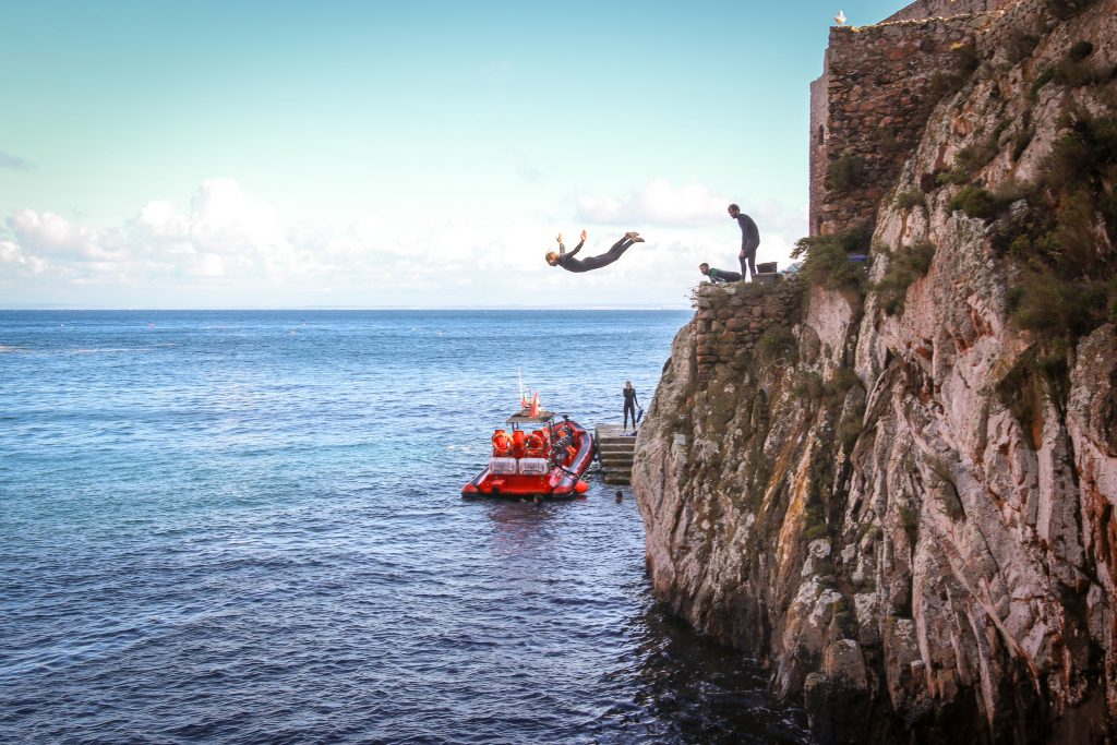 cliff diving berlenga islands portugal