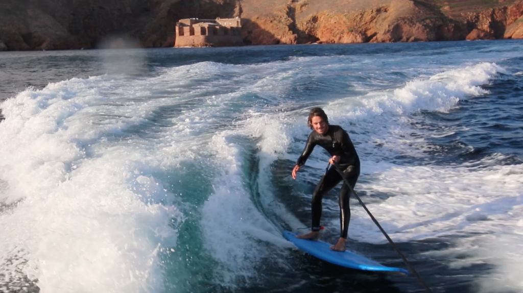 wake surfing berlenga islands boat trip