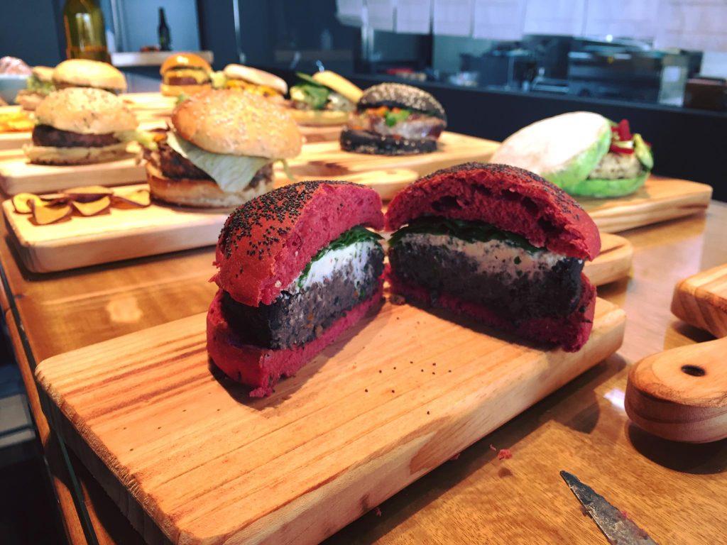 Organik Burger Art Bar Torres Vedras vegetarian food