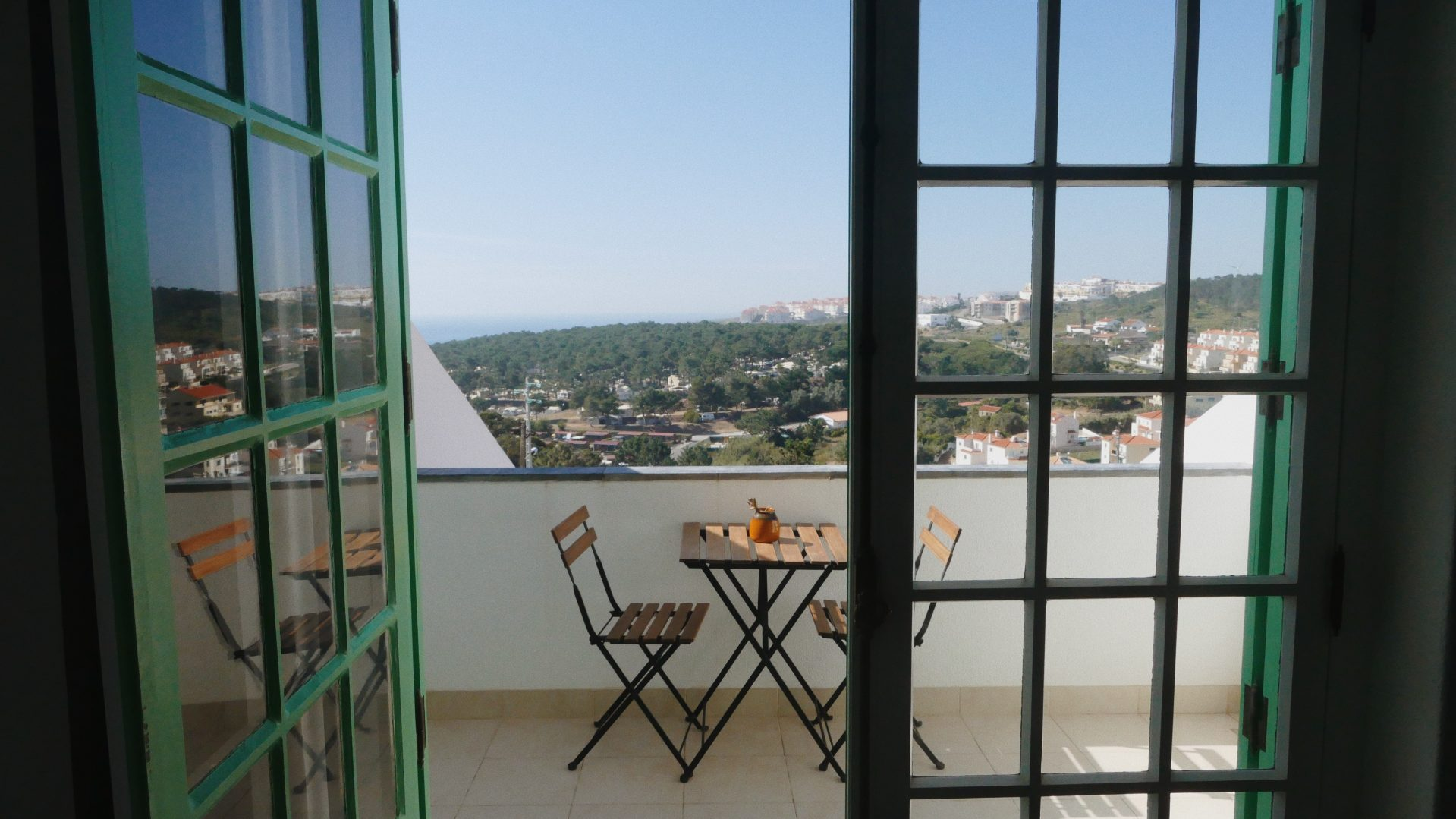 ola onda ericeira guesthouse sea view