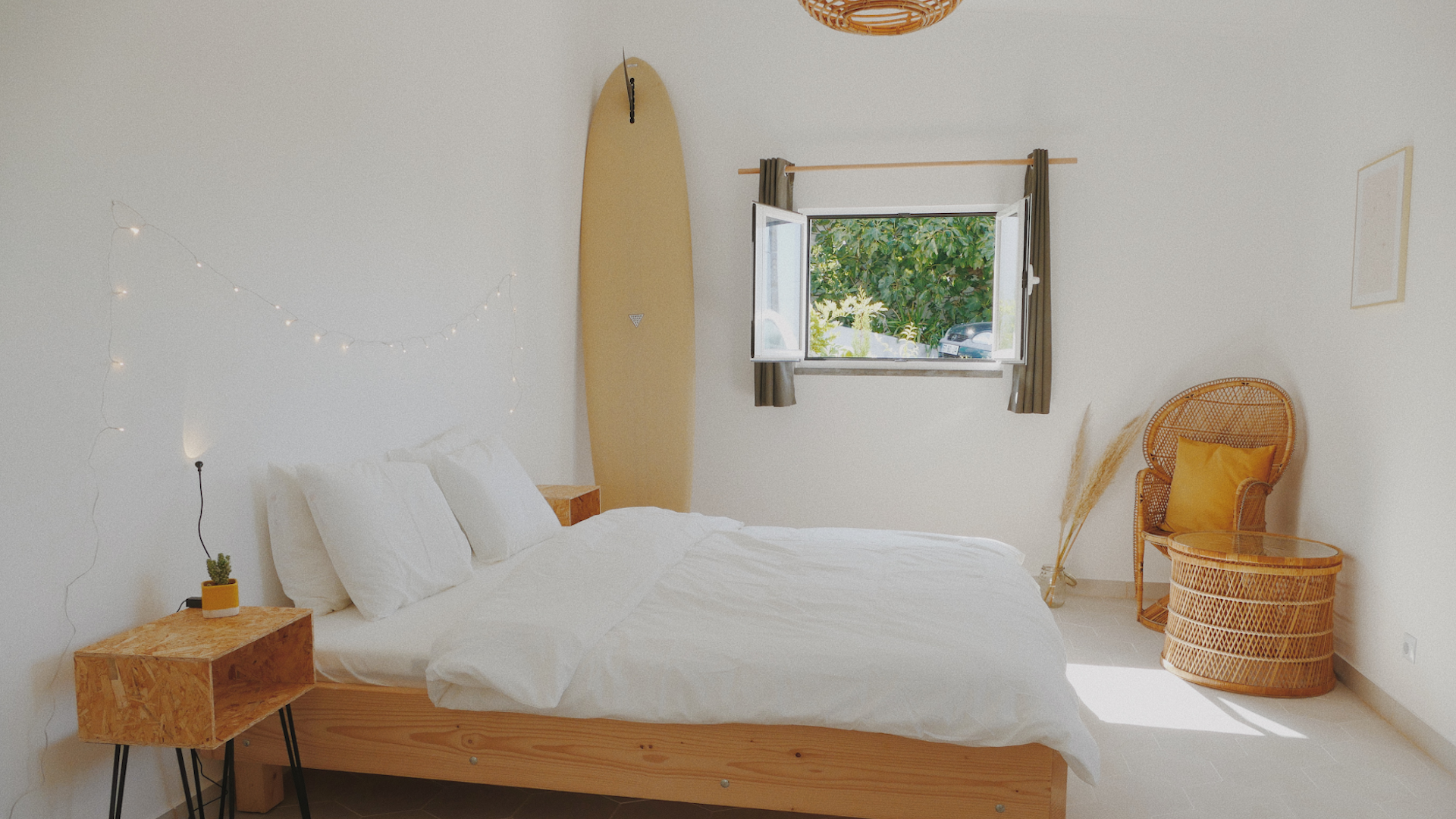 bedroom ola onda ericeira holiday home